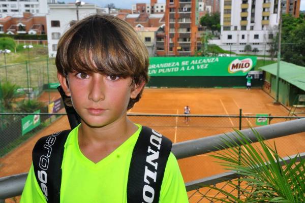 Tenis juvenil en Pereira