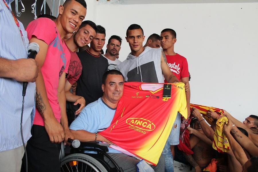 Pereira visita la carcel  (1)