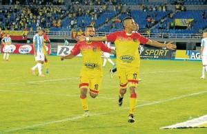 Deportio Pereira sigue Líder